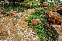 铺装石头小路