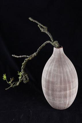 布纹瓷器花瓶