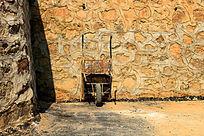 独轮车墙壁