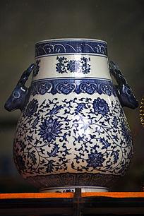 彩绘青花花瓶