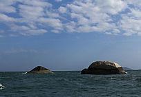 三亚海中海龟探石