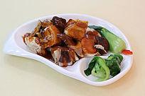 香菇鸡肉摄影图