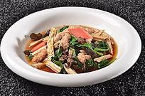 木耳腐竹烩酥肉
