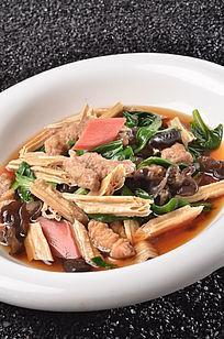 小酥肉烩腐竹