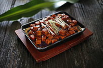 酱香鱼豆腐