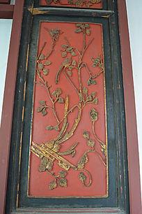 清代樟木红底描金梅花喜鹊挂屏