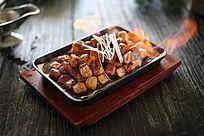 铁板烧鱼豆腐