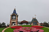 上海迪士尼主入口日景