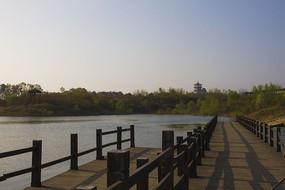 南湾湖木栈桥