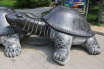 乌龟石雕像