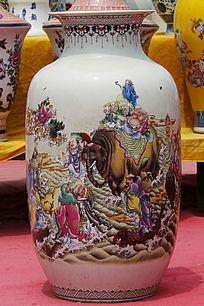 彩绘大象花瓶