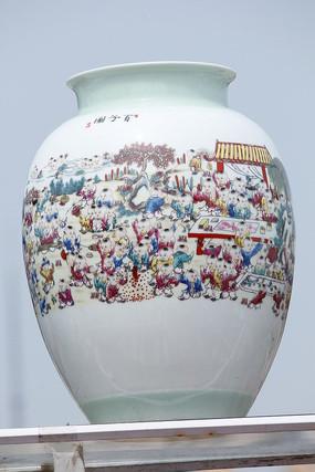 彩绘百子花瓶
