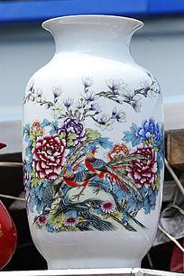 彩绘凤凰图案花瓶