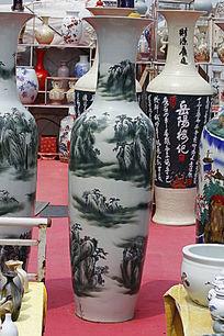 彩绘青山大花瓶
