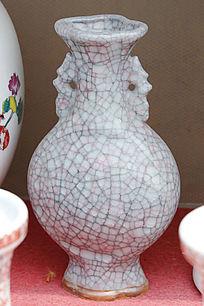 双耳朵纹理瓷花瓶