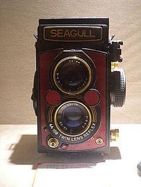 海鸥牌4B型120红皮版相机