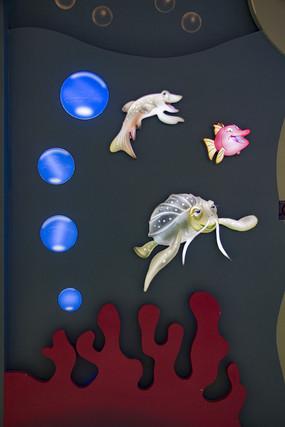 乌龟与鱼卡通背景墙