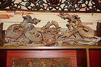 浮雕龙木雕