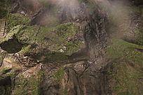山丘上的绿苔
