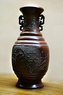 陶瓷兰花瓶