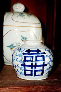 双喜陶瓷瓶子
