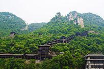 山中的木建筑