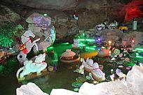阿庐古洞里的石雕艺术品