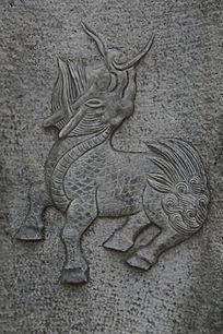 古代麒麟图案石雕