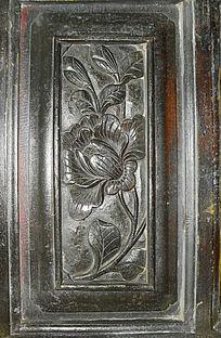 简洁花朵雕刻-花朵图案木雕
