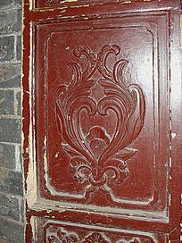 门板卷曲纹雕刻-花朵图案木雕