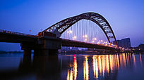 武汉晴川桥