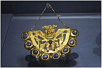 镶宝石金项链