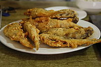 中国菜油炸黄花鱼