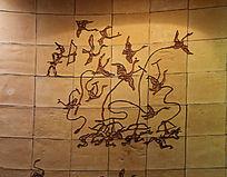 彩色壁刻古人射鸟