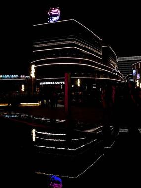 大宁音乐广场购物中心