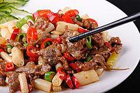 藕带炒牛肉摄影图片