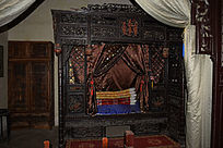中国传统顶子床-木雕艺术