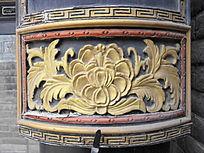 柱子上的花朵石雕-廊柱雕刻装饰