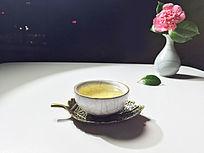 海棠与一杯普洱茶