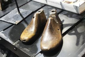 怀旧木制鞋模