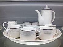 一套美丽的茶具