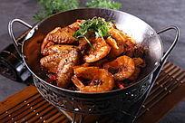 干锅翅中虾