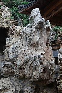 太湖石风格的园林假山石
