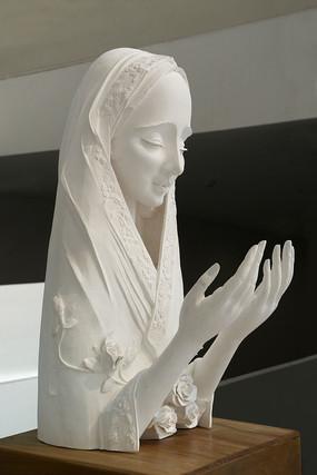 少女的祈祷[