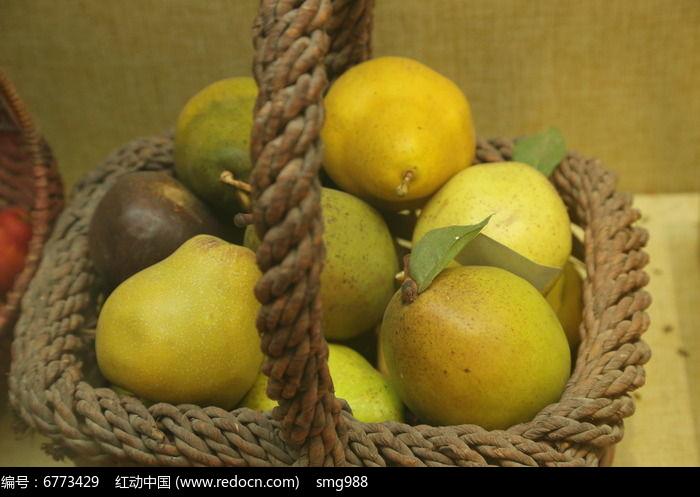 梨子水果篮图片