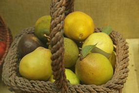 梨子水果篮