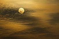 太阳与流云