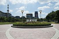 茂名市园林大草坪风光与喷泉