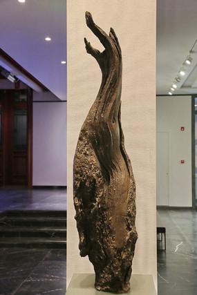 手工制品枯树瓷雕