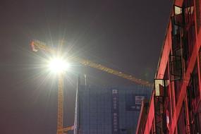 建筑吊塔夜景